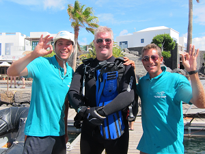 boat diving at playa blanca